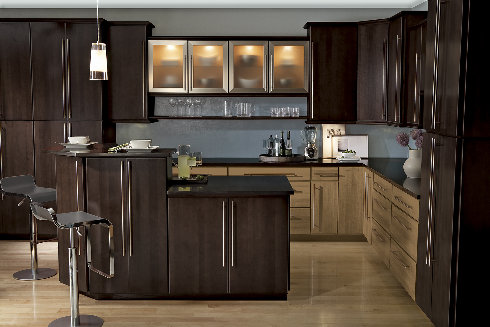 Calibra II kitchen shown in Truffle and Toffee finishes